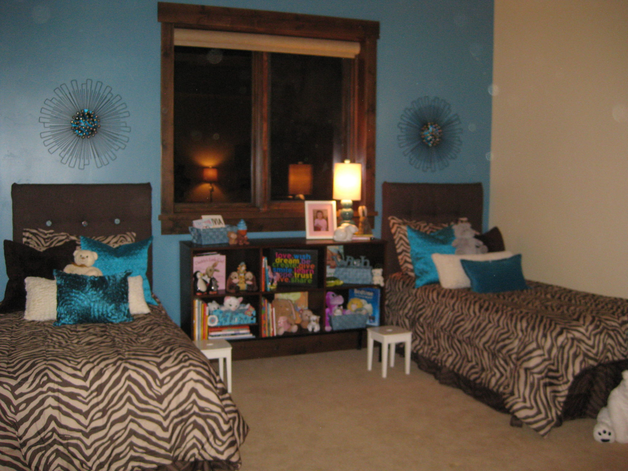 teen room makeover, decorating on a budget